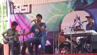 Download Hindi Video Songs - Kadhal Sadugudu - Thaalam Live at NITC