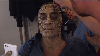 Pirates of the Caribbean: Salazar's Revenge - Behind the Scenes: Cracked Earth - Disney NL