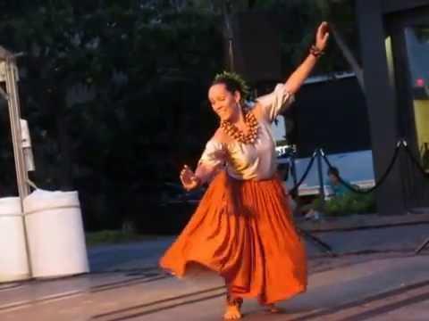 Halau Hula Ka Lehua Tuahine -- For Kalakaua