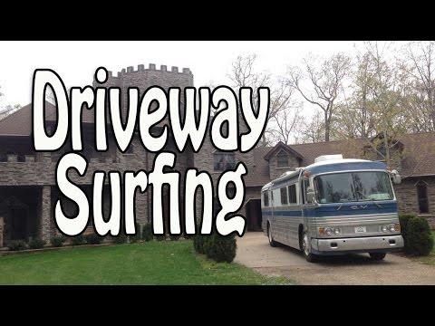 "RV Driveway Surfing (""Moochdocking"") - Tips for Camping on Private Property"