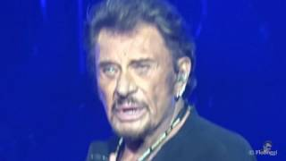 Johnny Hallyday - Quand on a que l'amour - Arènes de Nîmes 17 / 07 / 2016 ©vidéo FloBoggi