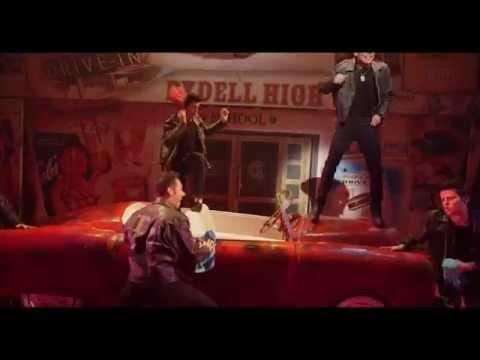 Grease Italian Cast 2015 - Greased Lightnin'