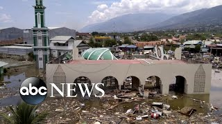 Hundreds dead in Indonesia from powerful tsunami
