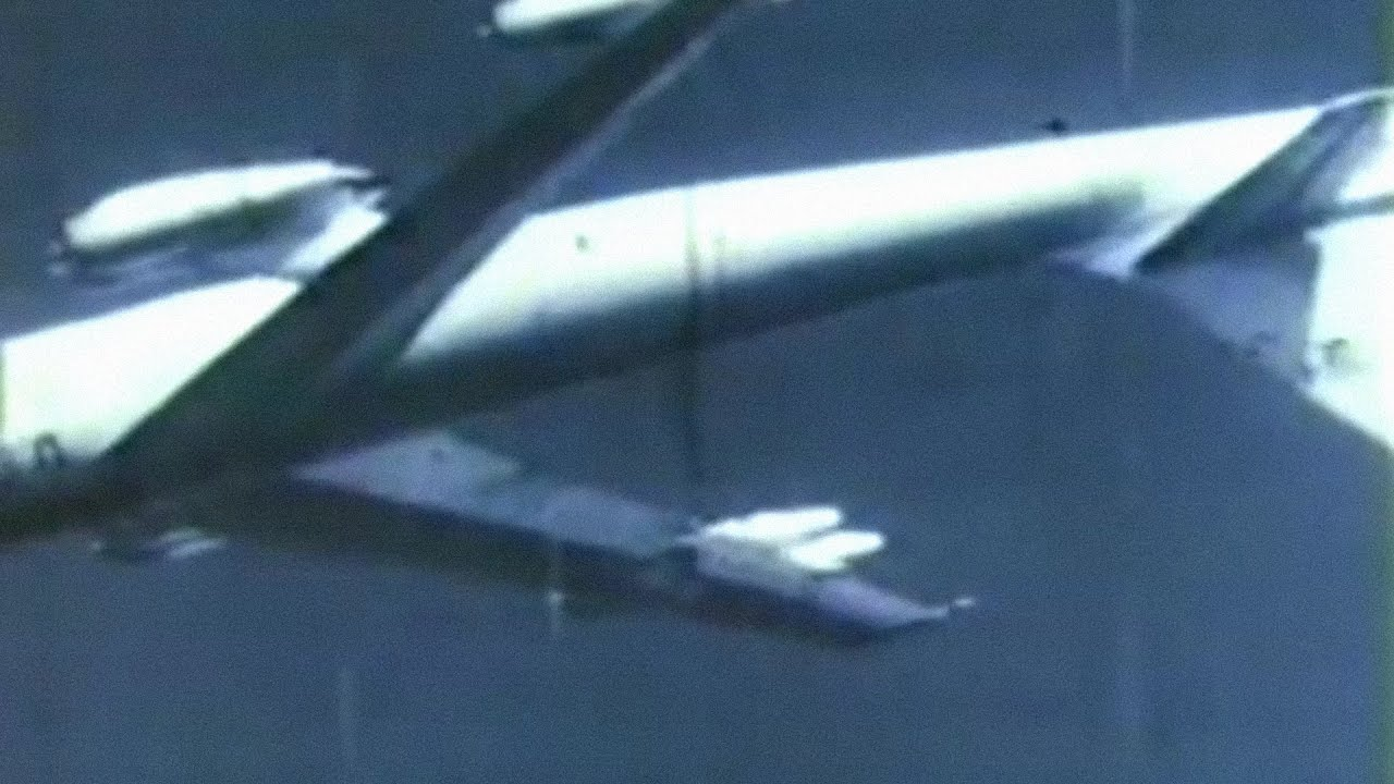The Massive Airplane That Flew Upside Down to Toss Atomic Bombs - B-47 Stratojet Idiot's Loop