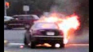 Mercedes CL 500 CL500 on fire explodes blows up