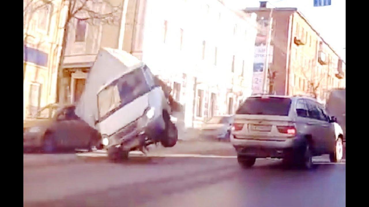 russian car crash compilation june 2016 week 1 youtube. Black Bedroom Furniture Sets. Home Design Ideas