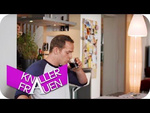 Lecker, Hühnchen [subtitled] | Knallerfrauen mit Martina HIll