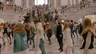 Download Grease, Centraal Station Antwerpen Mp3 and Videos