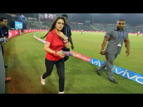 Preity zinta Distributing T-Shirts to FANS in IPL 2017. thumbnail