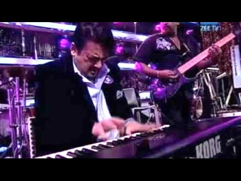 Adnan Sami Fastest Piano Playing Video 2016