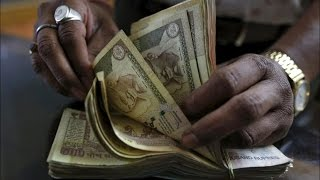 Rupee Recovers 5 Paise Against Dollar in Early Trade