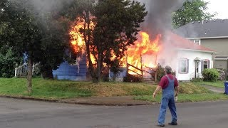 Portland Pre Arrival House Fire - Scene Size Up   Initial Attack Structure Fire   Shot on iPhone