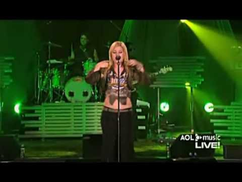 Kelly Clarkson - Miss Independent (AOL Music Live)