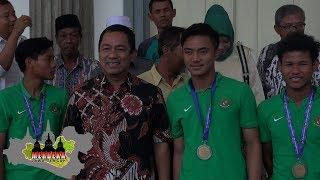 3 PEMAIN TIMNAS INDONESIA U-16 BERTEMU WALIKOTA SEMARANG