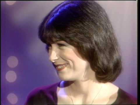 Dick Clark Interviews Diana Canova American Bandstand 1981 Youtube We are fans of judy, her beautiful daughter diana and all things canova! dick clark interviews diana canova american bandstand 1981