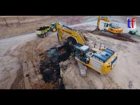 CATERPILLAR 336E LN, JOHN DEERE Tractor, ... Mass Excavation / Großbaustelle, Germany, 2017.