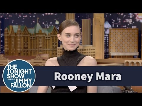 Rooney Mara Sat on Santa † s Lap Until Her 20s