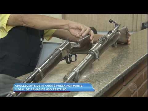 Adolescente de 16 anos é presa por porte ilegal de armas