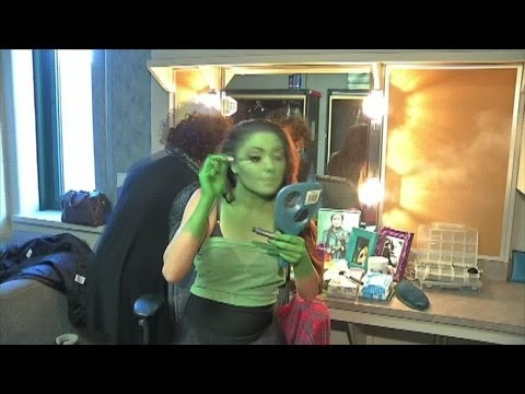 'Wicked' Makeup