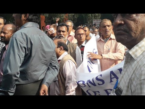 live from jantar mantar ,Bsnl worker protest