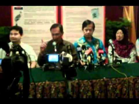 Anwar mengamuk di sidang media Hotel Grand Continental