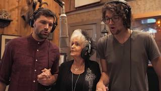 JOANNE CASH with for King & Country - TIL KINGDOM COME (official music video)
