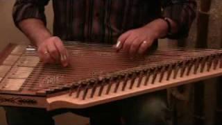 Ο Μανώλης Καρπάθιος παίζει κανονάκι - Manolis Karpathios plays kanun