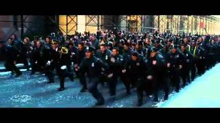 Il Cavaliere Oscuro - Il ritorno  - Trailer ufficiale italiano - Sceglilfilm.it