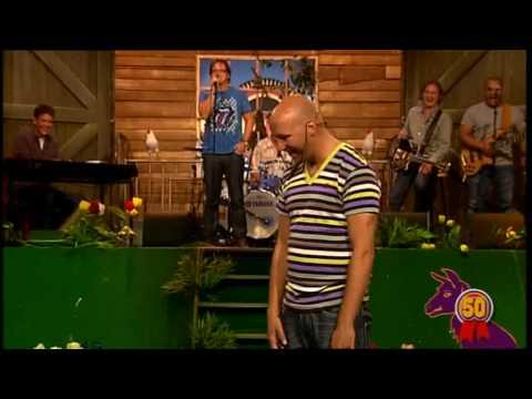 de lamas datingshow guus meeuwis De lama's waren weer 'back in action' op 2 november 2017 stonden tijl, ruben, jeroen, ruben en patrick in de ziggo dome guus meeuwis groots met een zachte g.