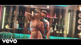 Смотреть клип Humblesmith - Attracta Ft. Tiwa Savage