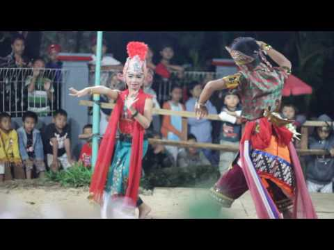 "Awesome Traditional Dance Culture Central Java "" JARAN KEPANG """