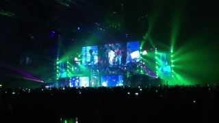 Justin Bieber - Intro/ All Arround The World Live (Telenor Arena 18 April)