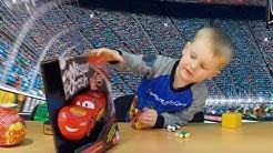 Cars3 LightningMcQueen Mr. Crash Kartenspiel beim Spielzeugtester