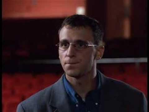 "Movie trailer ""J'en Suis"" with Roy Dupuis"