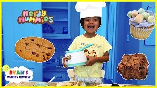 Kids Fun Baking Cookies and Brownie with Ryan's Family Review thumbnail