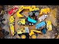Carros y Camiones Infantiles Atrapados en el Lodo - Toys Construction Vehicles Under The Mud