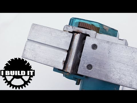 How To Replace The Planing Blades On An Electric Planer