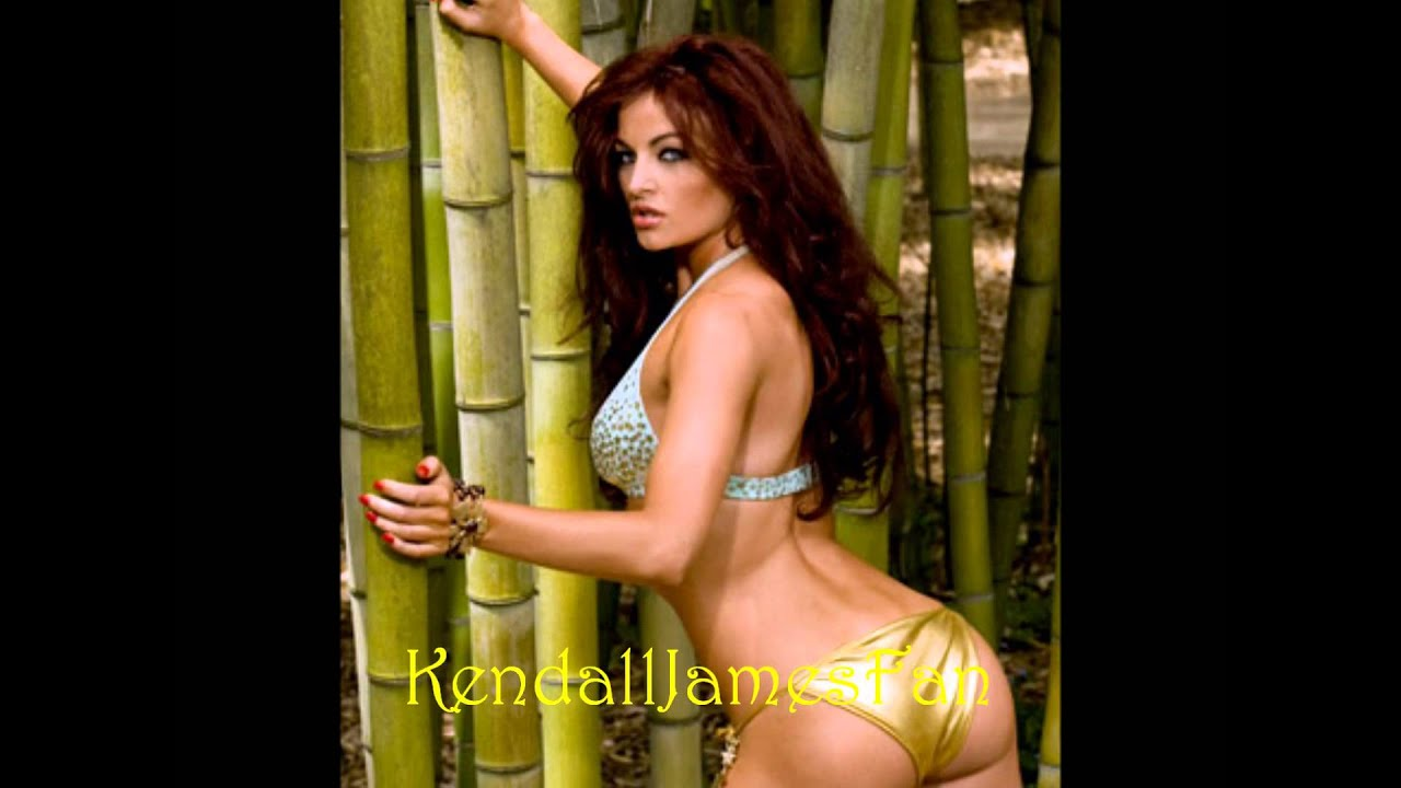 maria-kanellis-in-bed-spank-rare-video