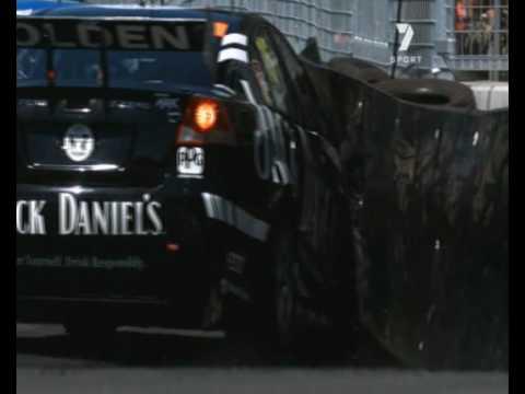 Sydney09 Race2 Fiore Crashes Into Bargwanna SloMo