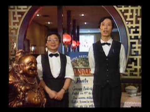 Li und Wang (Harald Schmidt Show) singen