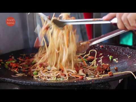 Spicy Fried Chicken Chowmein | Best Street Food Kathmandu - Food Nepal