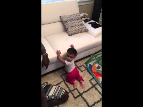 9 months old dancing to work by Rihanna