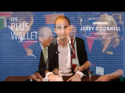 The Small Plus Wallet By Jerry O'Connell Available At Magic Factory.de