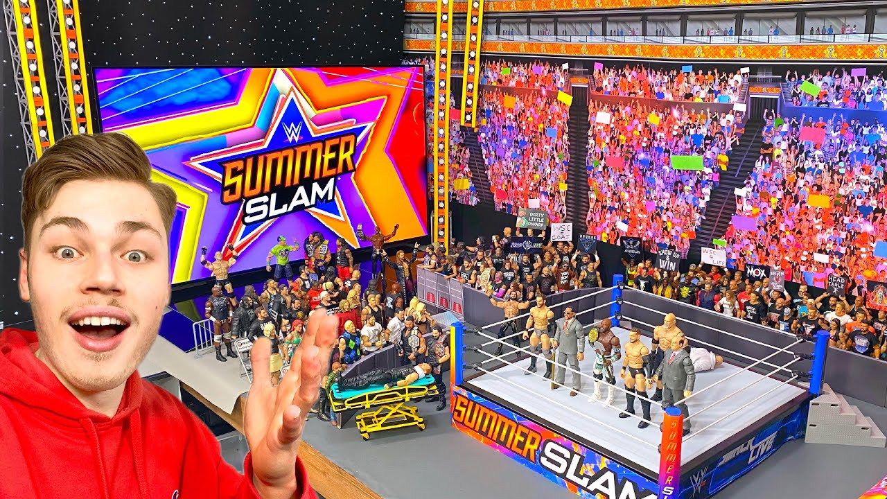 THIS WWE ACTION FIGURE ARENA IS INSANE!