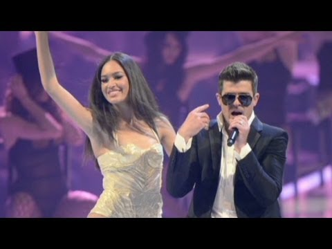 Robin Thicke song dubbed 'rapey' by critics