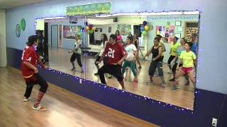 El Coco No - Roberto Jr - Dance Fitness Routine with Bradley - Crazy Sock TV