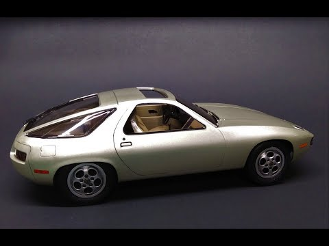 Porsche 928 from Risky Business 1/16 Scale Model Kit Build Review Revell  07656