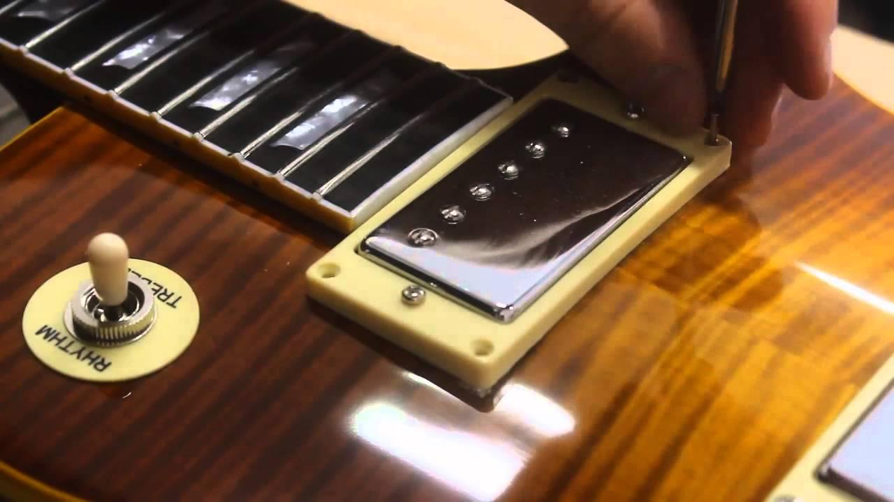 a very fake Gibson Les Paul standard (Chibson)