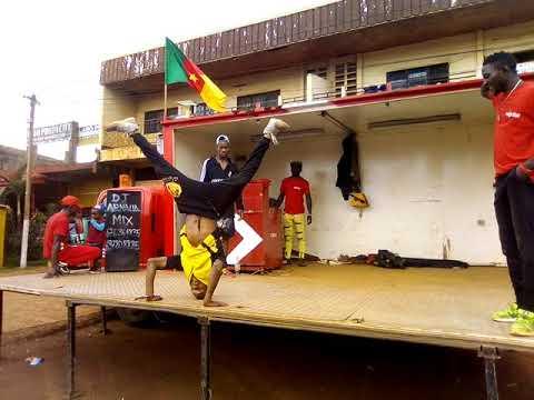 Download Ninja DJ mix NEXTTEL avec  les danseurs du Cameroun regardé jusqu'à la fin stp ces la mort...