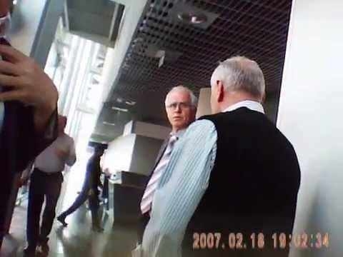 Taxifahrer in Basel streiten um Kunden